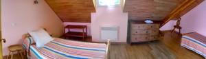 Chambre de 14 m² avec 2 lits 1 personne